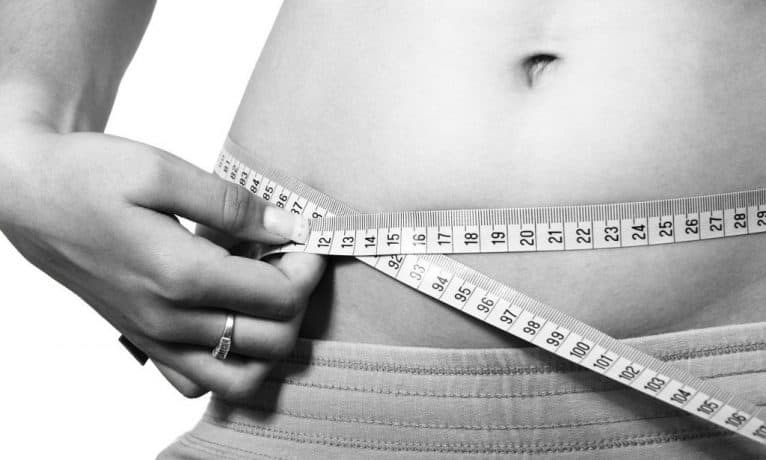 Operacja odsysania tłuszczu – jak długo utrzymują się efekty?