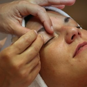 treatment-3106609_640